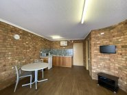 Fully self-contained furnished apartment at Terraces on Railway, Alice Springs.